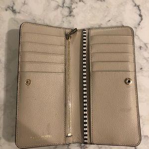 Henri Bendel clasp shut wallet
